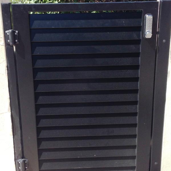 cheap pool fencing